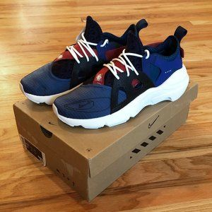 Men's Nike Huarache-Type sneakers. New with box